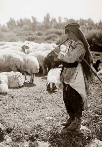shepherd-boy-with-flute