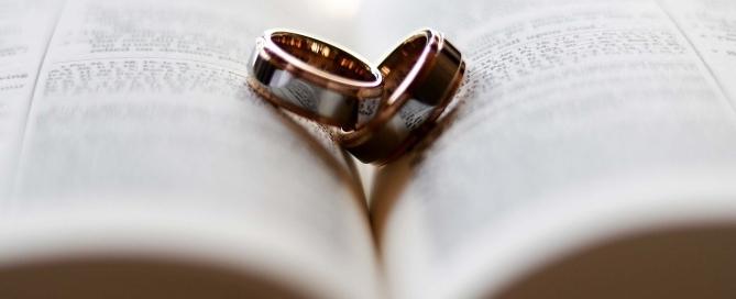 ring-2407552_1280